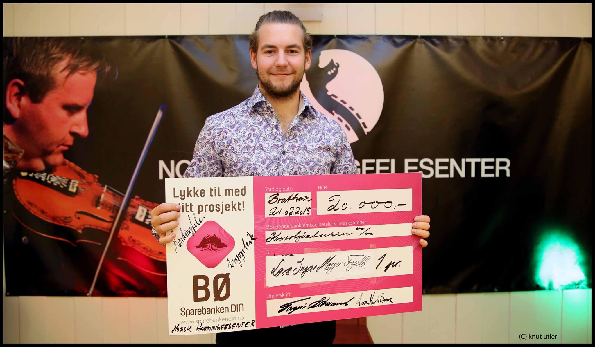 Lars Ingar Mayer Fjeld vinner hardingfelekapleik
